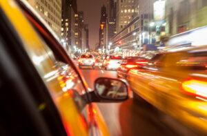 autó forgalom városban